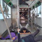 Une nouvelle dimension s'ouvre... On s'amuse dans le bus de la Cité des Arts de la Rue !