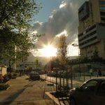 Un coucher de soleil au retour d'une session de parkour, à Grenoble.
