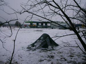 J'aurais peut-être dû tendre un chouilla plus la tente !