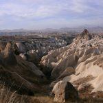 Formations rocheuses surréalistes en Cappadoce, entre Ürgüp et Göreme.